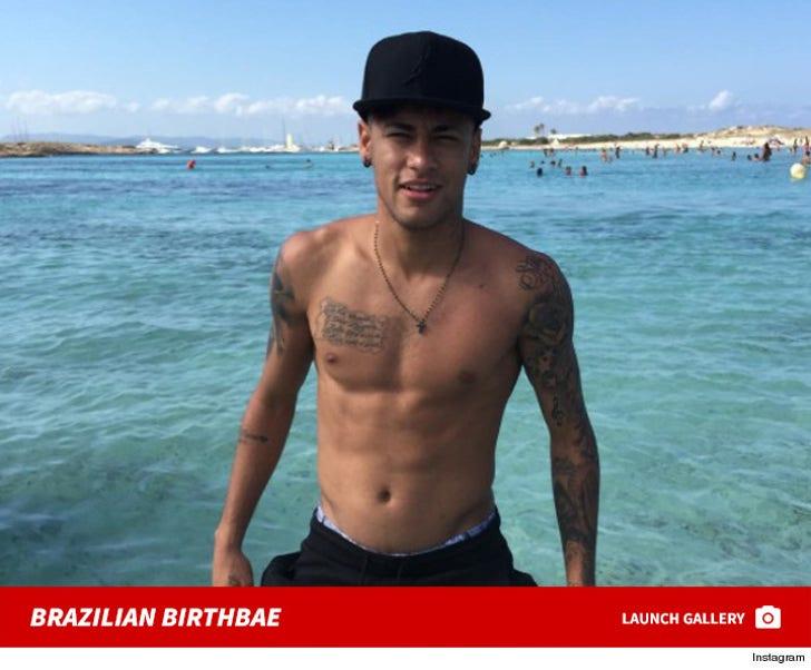 Neymar Jr -- The Shirtless Soccer Stud