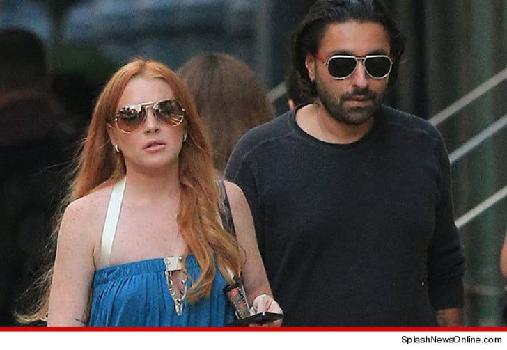 Lindsay Lohan -- Defends Hanging with Old Friends, But