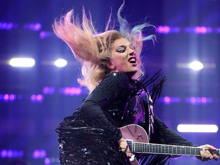 Lady Gaga's Performance Photos
