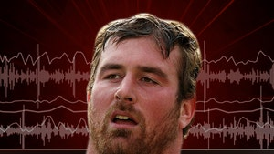 Ex-NFLer Matt Light Says He Doesn't Wear COVID Masks, 'They Don't Do Anything'