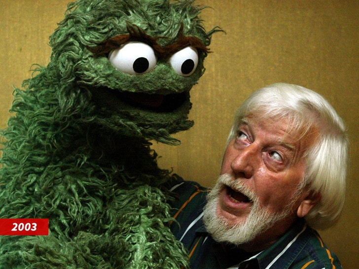 Sesame Street puppeteer Carroll Spinney dies at age 85