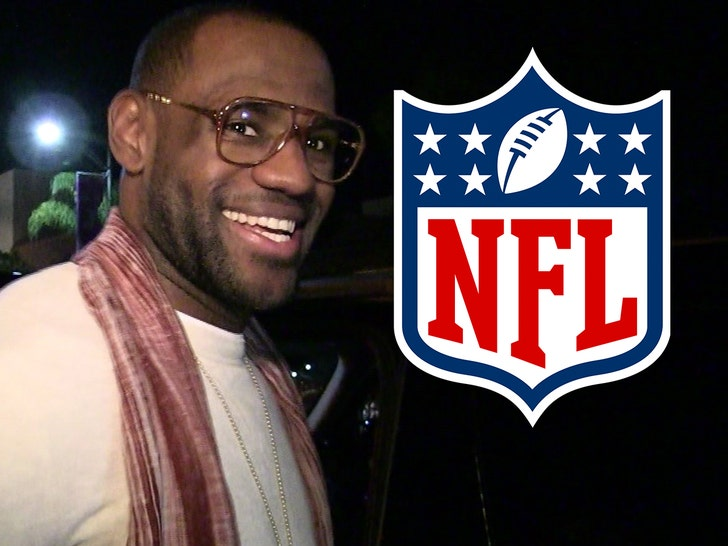LeBron James Says Jerry Jones & Pete Carroll Offered Him NFL Contracts.jpg