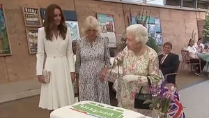 Queen Elizabeth Insists on Cutting Cake with Sword, Testy with Aide