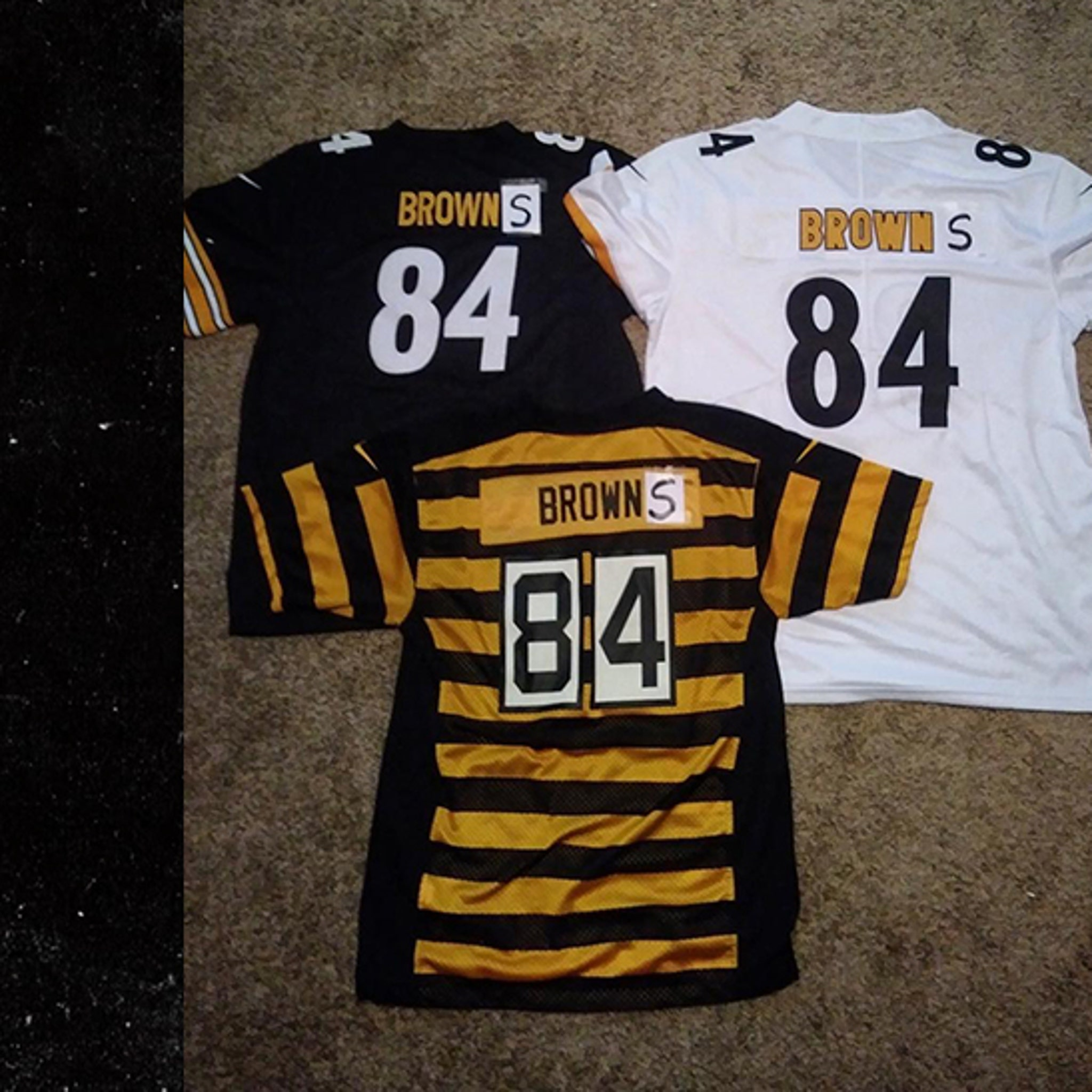 34b1511c99d0 Steelers' Antonio Brown Rocks New 'Browns' Gear, Let's Go Cleveland!