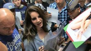 Lana Del Rey Sang at Kim Kardashian's Wedding ... for FREE