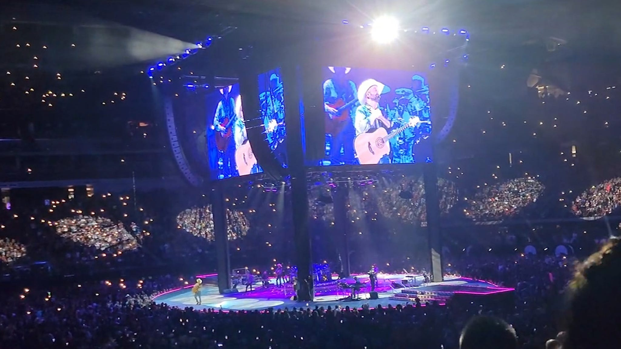 Garth Brooks Brings Back Stadium Concerts with Huge Las Vegas Show