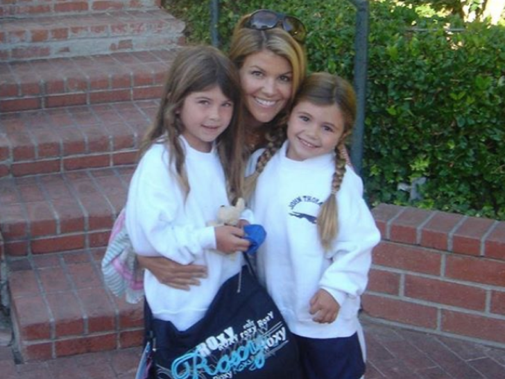 Lori Loughlin family photo