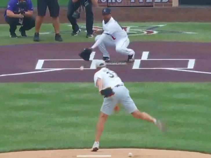 Peyton Manning throws first pitch at 2021 MLB All-Star Game