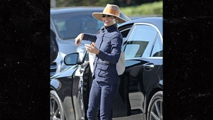 Lori Loughlin Laughs It Up Heading Into Swanky L.A. Country Club