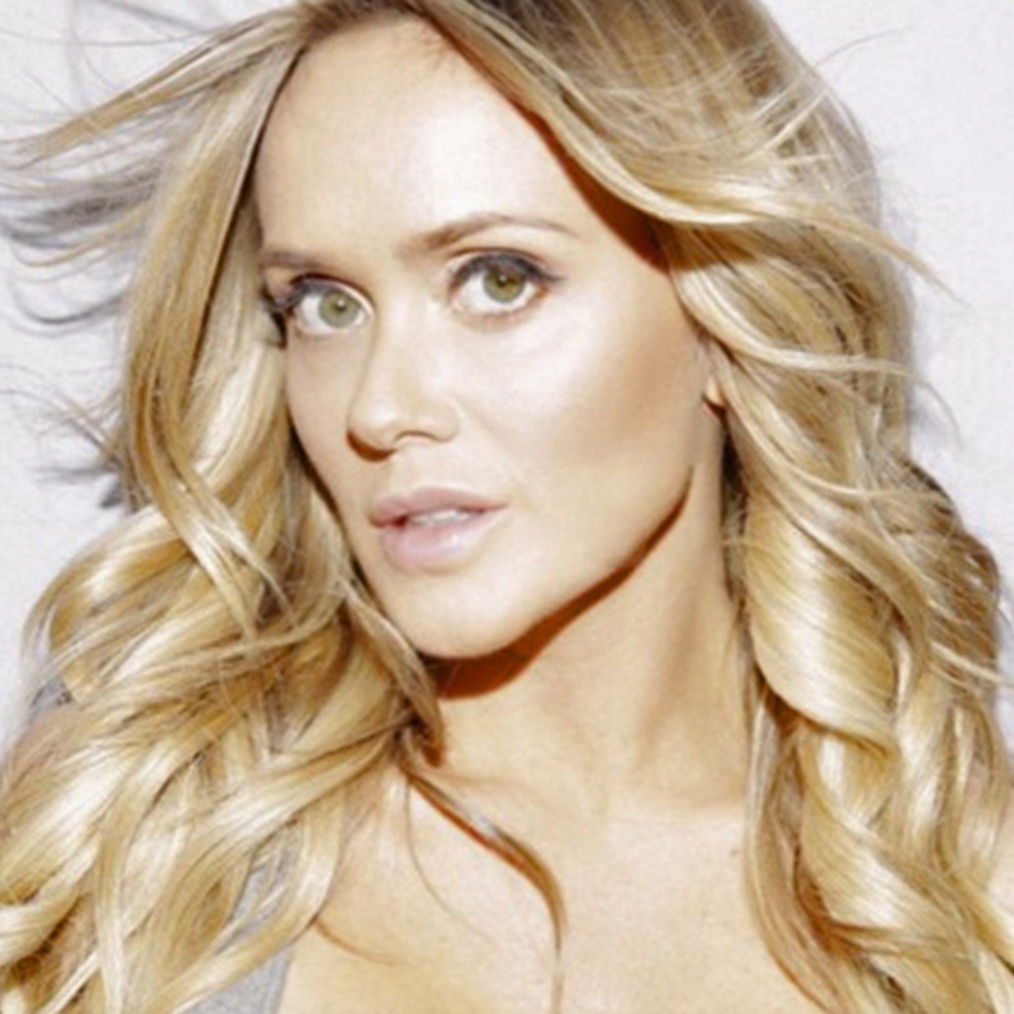 Model Katie May: Brutal Fall During Photo Shoot Caused Neck Pain