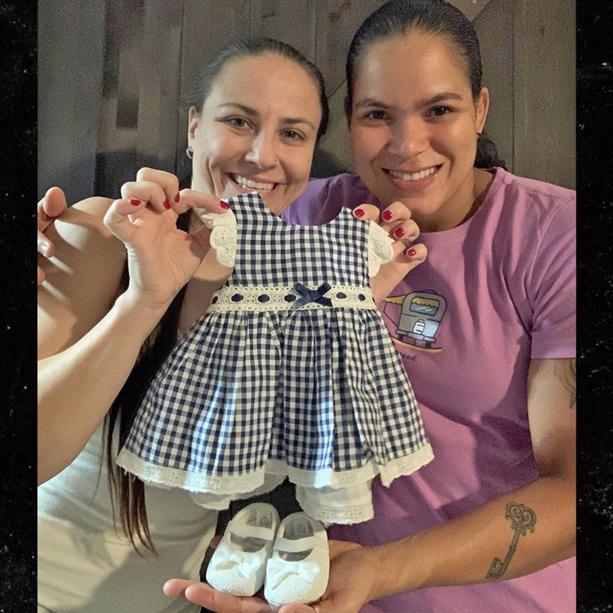 Ufc S Amanda Nunes And Nina Ansaroff We Re Pregnant