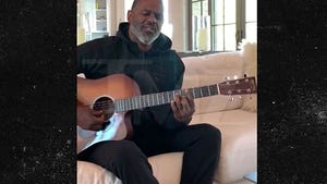 Brian McKnight Writes New Song for Kobe Bryant, 'Can't Say Goodbye'