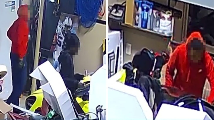 NFL's Thomas Davis Sr. Car Theft Suspects ID'ed As Teenagers, Cops On The Hunt.jpg