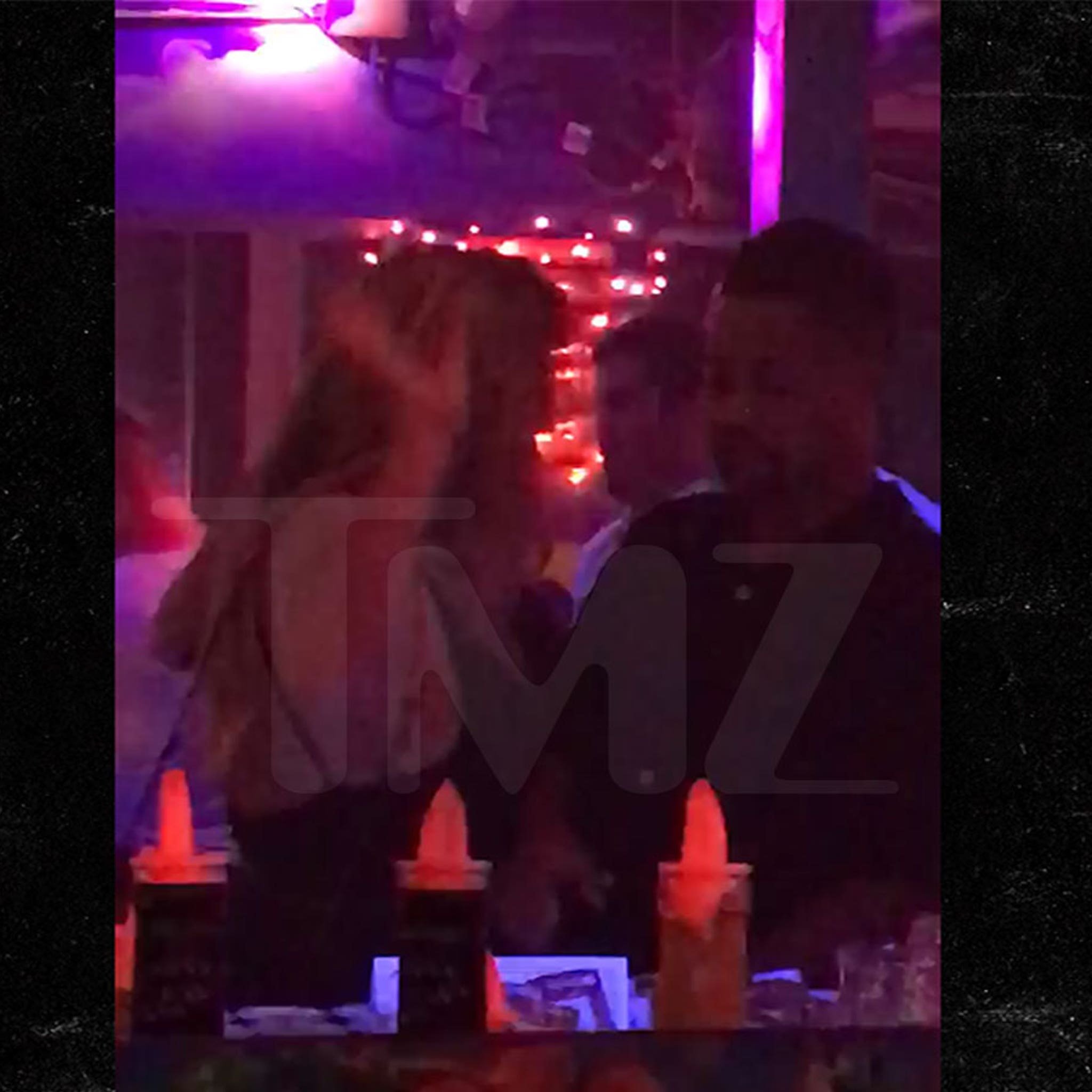 Cuba Gooding Jr.'s Girlfriend Flips Out On Him in Florida Bar