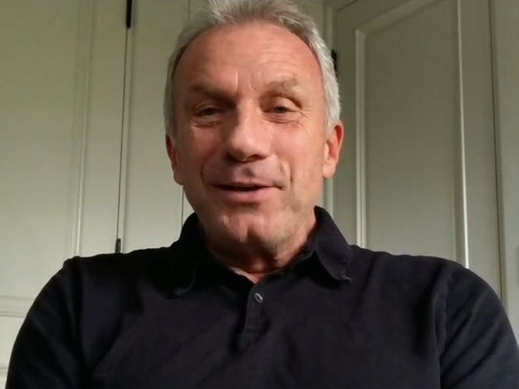 Joe Montana Admits Tom Brady Is Greatest QB Of All Time, 'Tremendous Career'.jpg