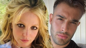 Britney Spears' BF Has Never Proposed, Despite Her Desire to Marry