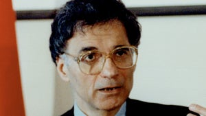 Green Party Candidate Ralph Nader 'Memba Him?!