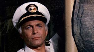 'Mary Tyler Moore Show' & 'Love Boat' Star Gavin MacLeod Dead at 90