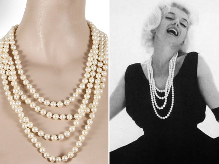 Marilyn Monroe Items From Last Ever Photo Shoot Heading to Auction