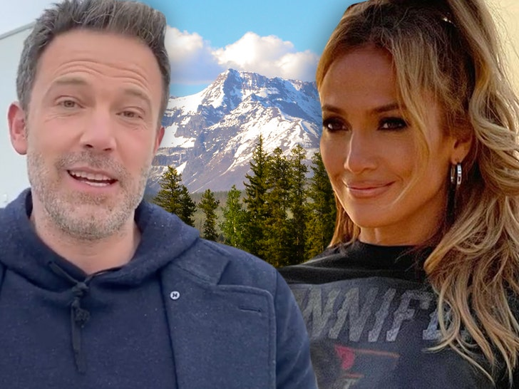J Lo and Ben Affleck Hanging Out in Montana.jpg