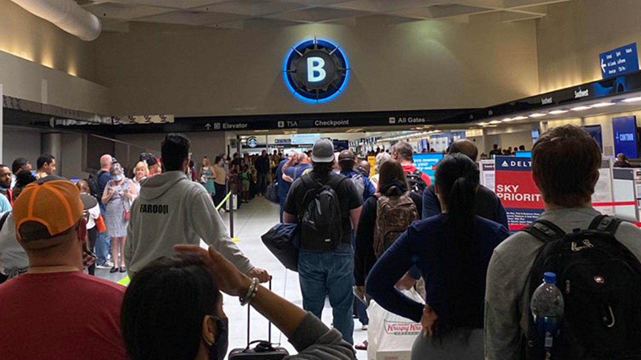 North Carolina Airport Insanely Long Lines ... Passengers Fuming Over Missed Flights