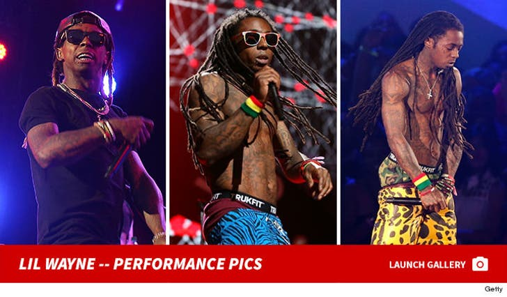 Lil Wayne's Performance Photos
