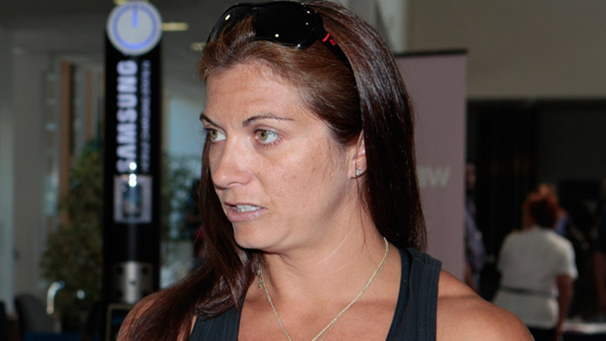 Misty May-Treanor -- HACKED NUDE PIC IS FAKE  Clearly