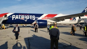 New England Patriots Lend Team Jet to Navy Football for Bowl Game Trip