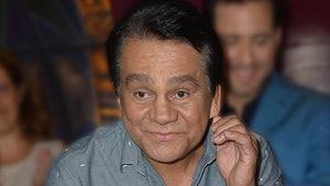 Roberto Duran Hospitalized with COVID-19, 'No Signs of Serious Damage'