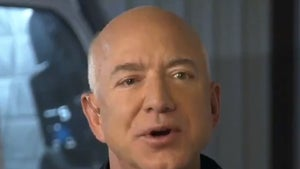 Jeff Bezos Wants Blue Origin Shuttles to Become Reusable, Like Airliners