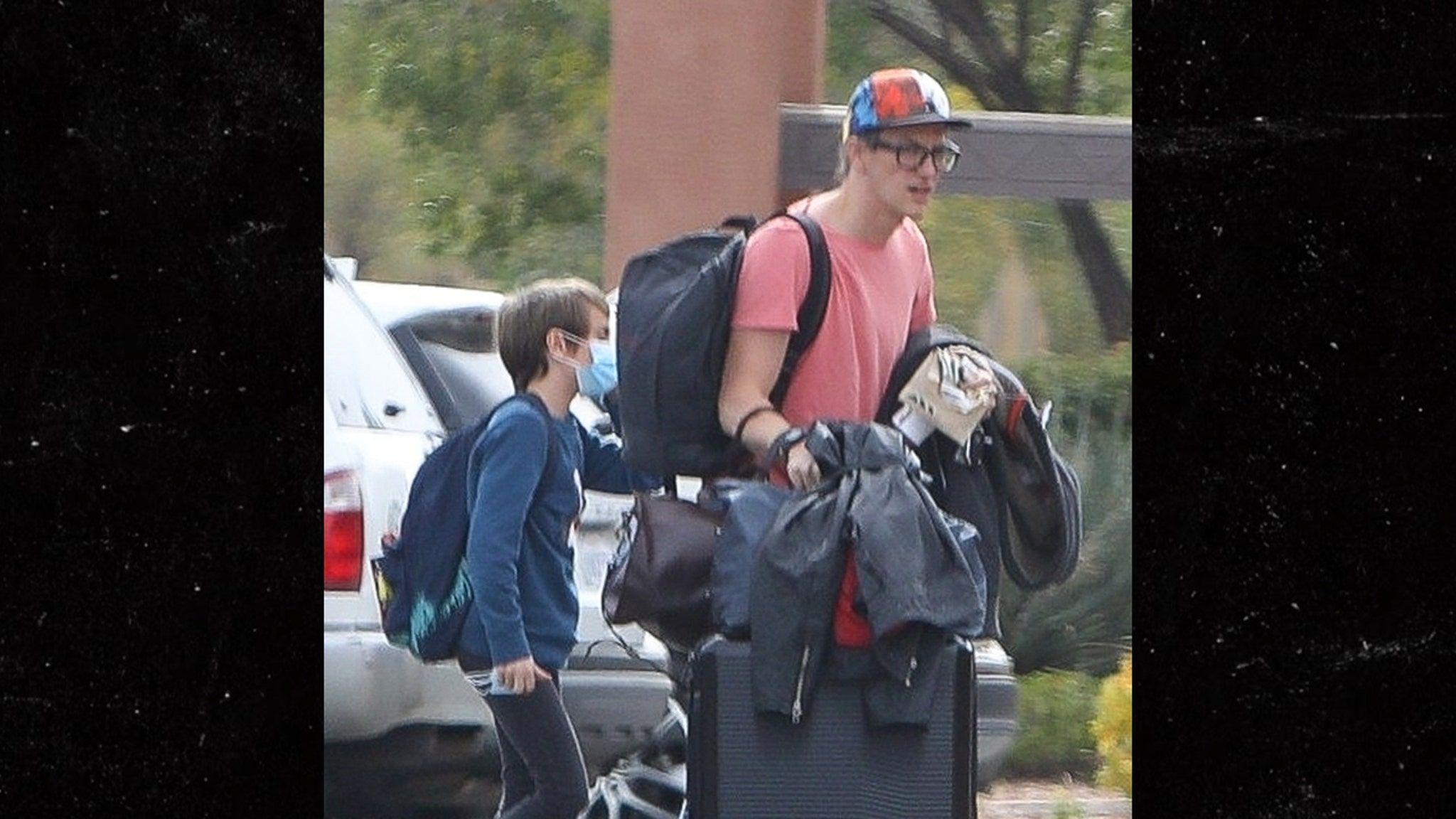 Halyna Hutchins' Husband and Son Spotted…