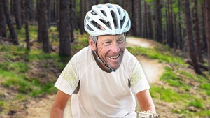 Lance Armstrong Offering Mallorca Bike Trip For $30,000 A Pop