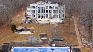 Nelly Unloading Missouri Fixer-Upper Mansion for Only $600k