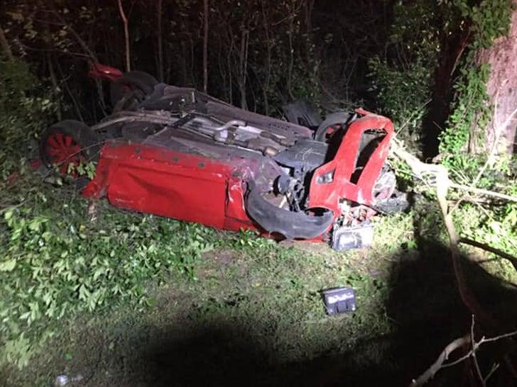 Tarvaris Jackson -- Crash Photos Show Terrifying Scene