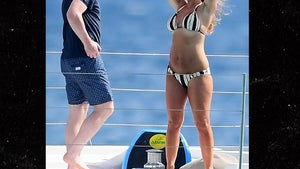 Wayne Rooney & Wife Coleen Hit the Yacht Before Signing MLS Contract