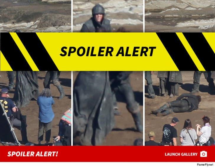 Game Of Thrones - Beach Battle!