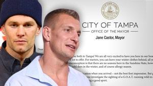 Tom Brady, Rob Gronkowski Get Fun Warning From Tampa Bay Mayor
