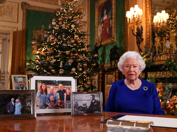 Royal Christmas: Charlotte and George join Sandringham service