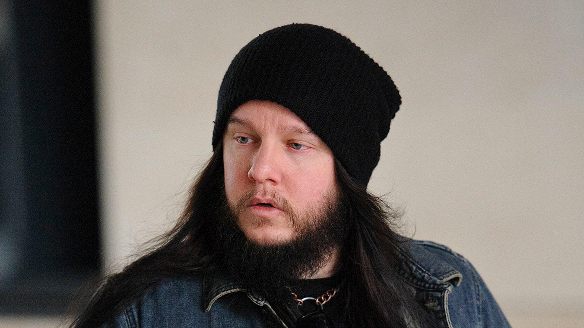 Former Slipknot Drummer Joey Jordison Dead at 46 thumbnail