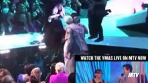 Rihanna -- Kisses and Hugs Chris Brown at MTV VMAs