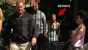 Beyonce and Solange -- Lunch Sesh With Jay Z ... No Punches Thrown