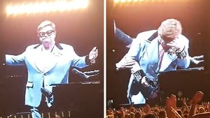 Elton John Stops Concert Due to Walking Pneumonia