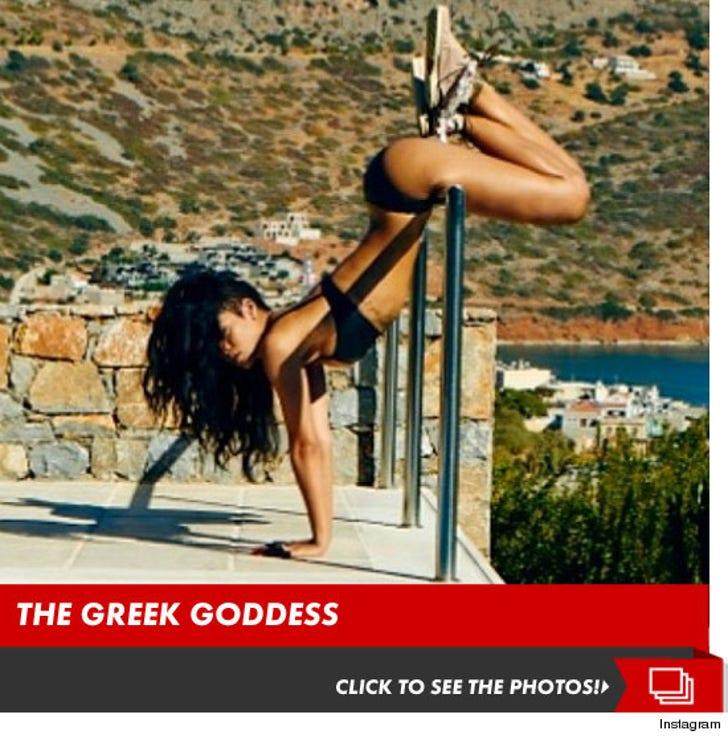 Rihanna -- Workin' the Pole ... In a Bikini