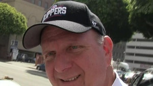 Clippers Owner Steve Ballmer Donates $25 Mil to COVID-19 Relief