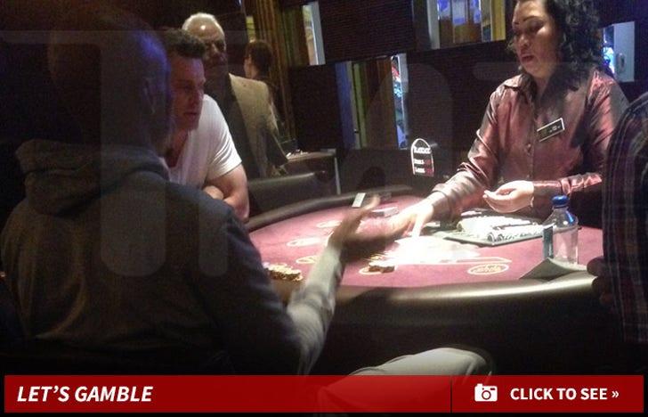 Ray Allen -- DROPS $10K PER HAND ... In High Stakes Vegas Blackjack