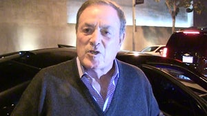 Al Michaels Against Calling NFL Games Remotely, 'That Would Not Fly'