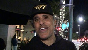 Rick Fox Says WNBA Stars Can Ball Out In NBA, Kobe's Right!