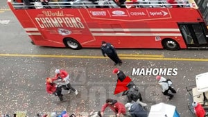 Patrick Mahomes Stopped SB Parade to Pee, High Fived Fans After!