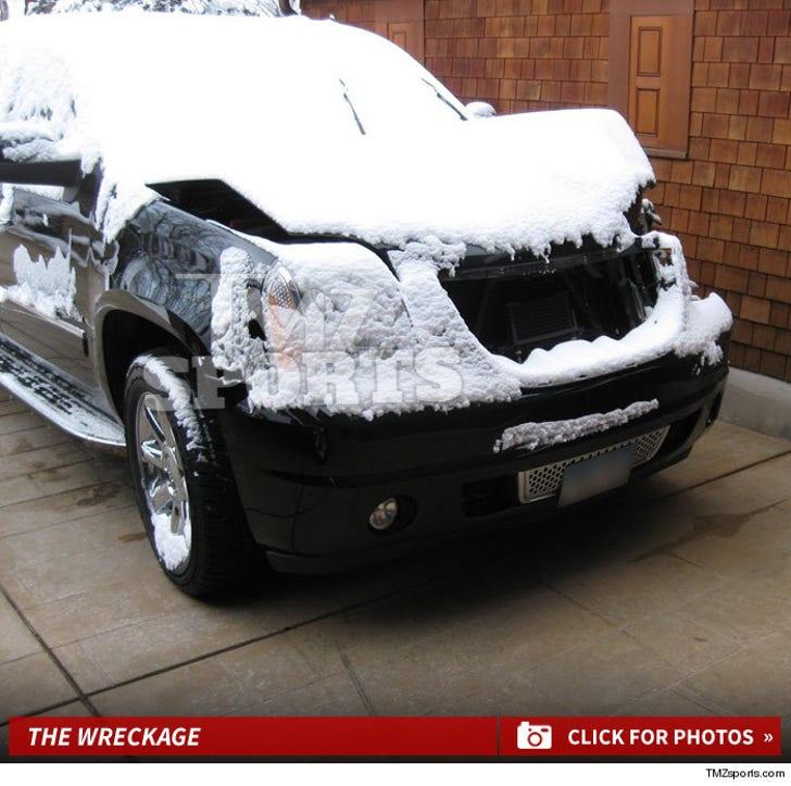 Lance Armstrong's Car Wreckage Photos