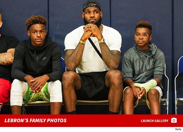 LeBron James' Family Photos
